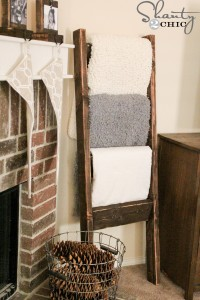 On our to-do list! $10 Blanket Ladder - www.shanty-2-chic.com