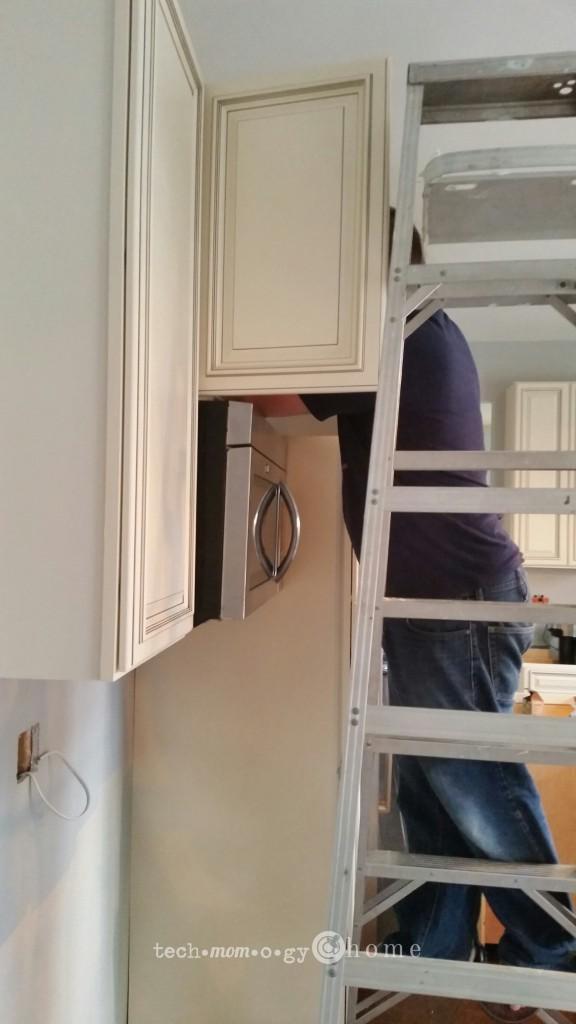 Kitchen Cabinet Installation_Techmomogy@Home